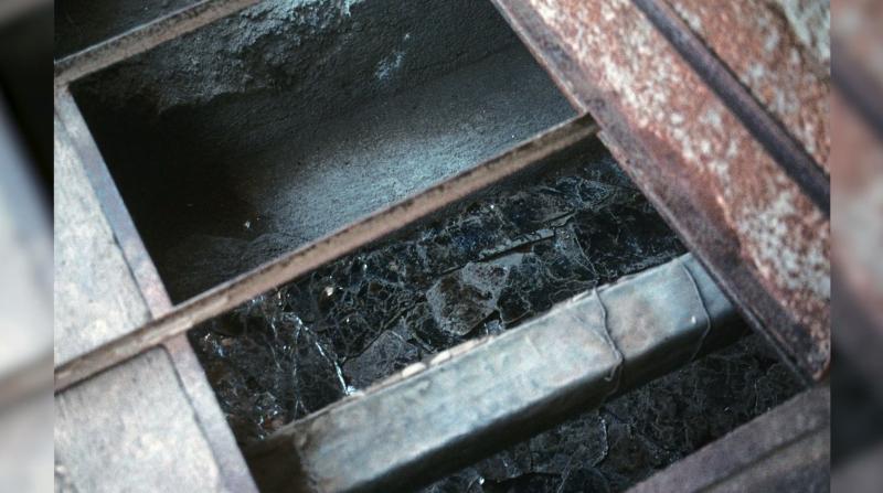 8 Mica Chamber Closeup
